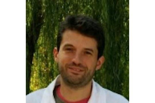 "Vincitore premio ""EVOO Excellence in Research Award"""